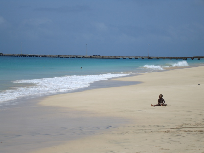 Solitary child on the main beach in Maio