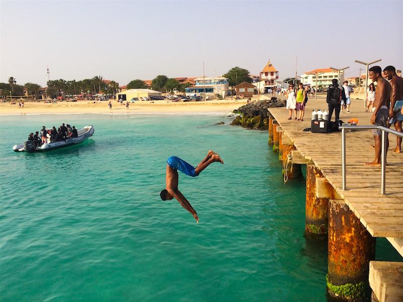 Pier jumping Santa Maria Sal