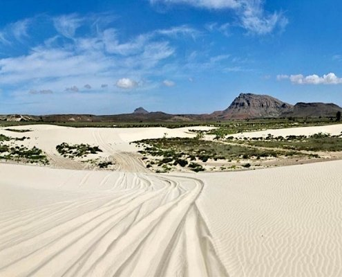 Desert and mountains on Boa Vista