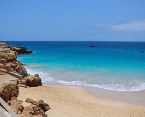 Bitxe Rotxa beach Maio Cape Verde