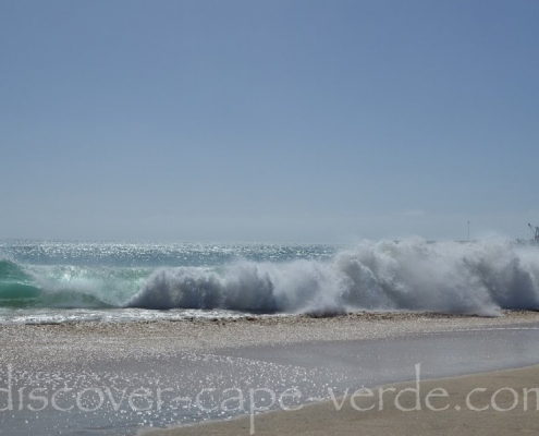Rough seas on Maio beach